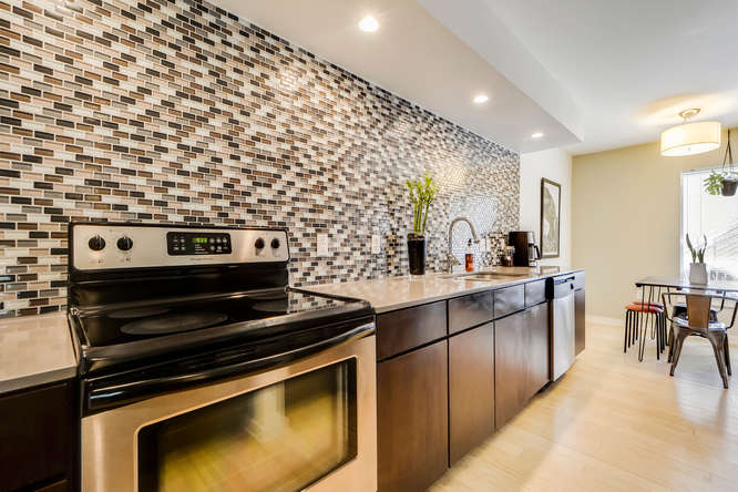 2200 Dickson Dr Unit 125 78704-Kitchen and Breakfast 1